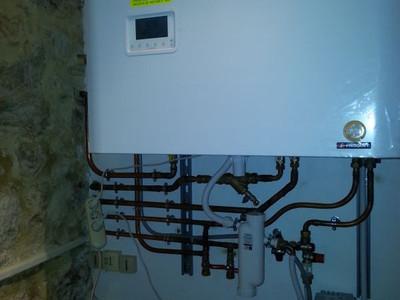 Installation de chaudières HPE<br />à condensation